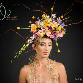 הפקת אופנה עם פרחים