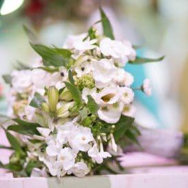 זר כלה- שזירת פרחים
