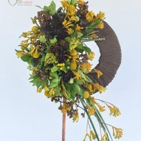 אורית הרץ - מעצבת פרחים - עיצוב חישוק פרחים