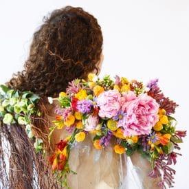 """פרויקט הגמר של נועה מלכה - קורס שזירת פרחים מתקדמים - ביה""""ס ללימודי עיצוב ושזירת פרחים"""