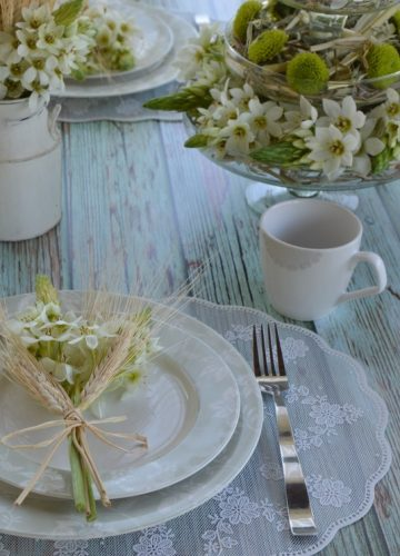 Easter Holiday Table Design