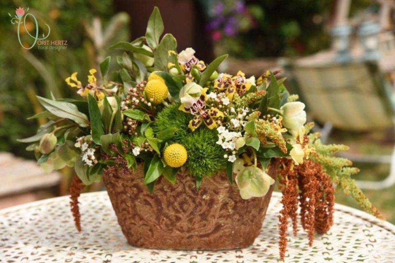 סדנת שזירת פרחים חד פעמית – שזירת סידור פרחים כמרכז שולחן – 11.4.19