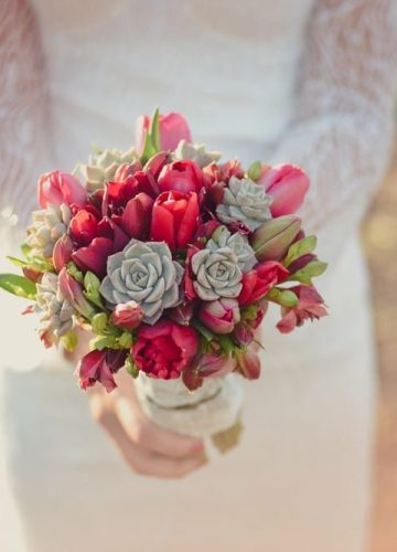 The Complete Guide to Choosing the Perfect Bridal Bouquet