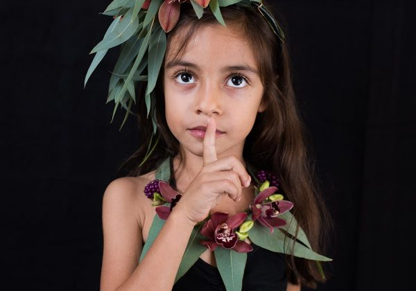 כל המידע על בחירת הפרחים הנכונים לשזירת זר לראש