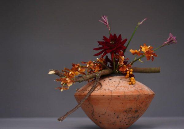 DIY כיצד לשזור עיצוב פרחים יפהפה בכמה דקות